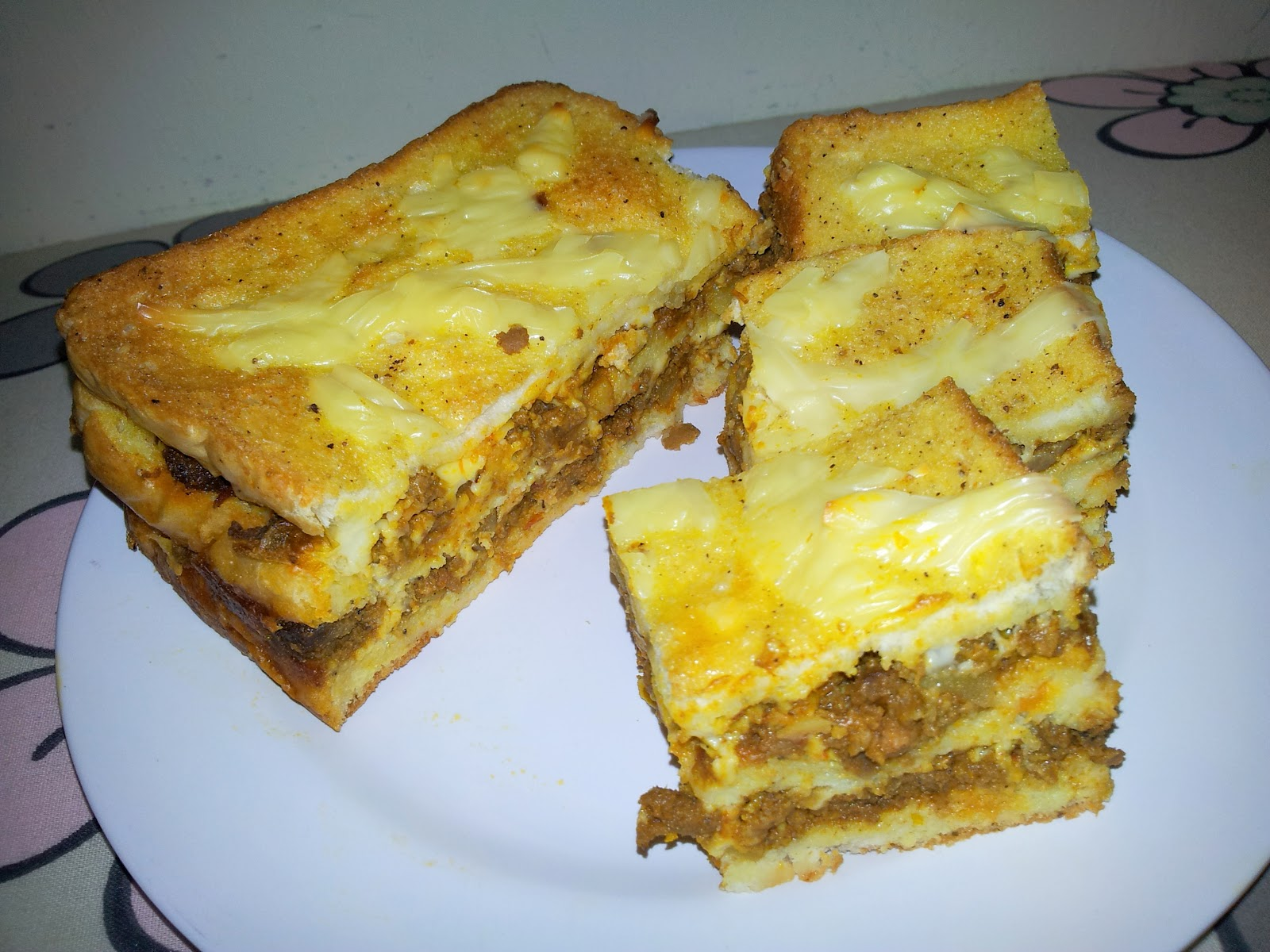 Emmymazli: Resepi Roti Lapis Daging Berkeju @ Lagsana ...