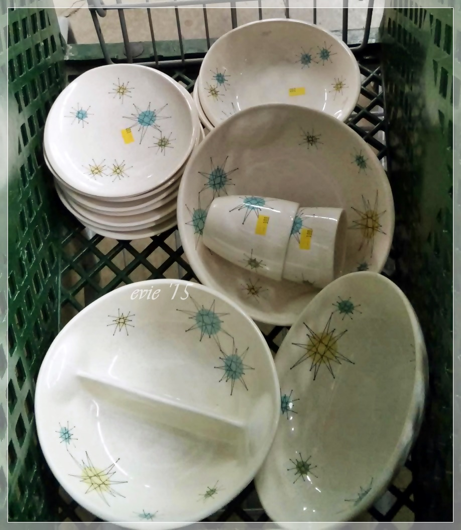 Hubby spotted this pile of Franciscan Starburst at the thrift store in the cart waiting to be unloaded. We have been hunting nonstop for years hoping to ... & Vintage Finds Mid Century and More at Evie\u0027s Haus: Thrift Store ...