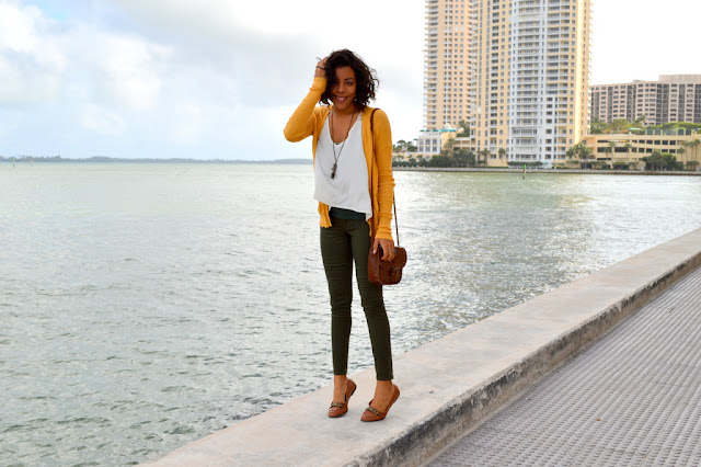 Fashion Blogger Anais Alexandre of Down to Stars in a BDG cardigan, Forever 21 top, Old Navy Olive pants and Go Jane leather loafers