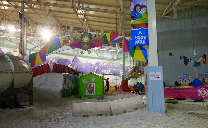 Chill Factore Manchester Snow Play under 4 area Mini Moose Land