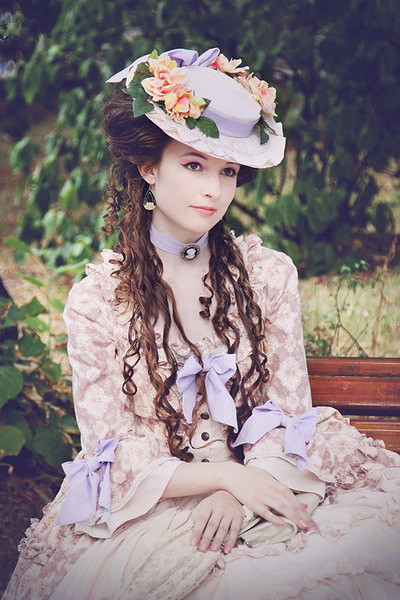 rococo style hat
