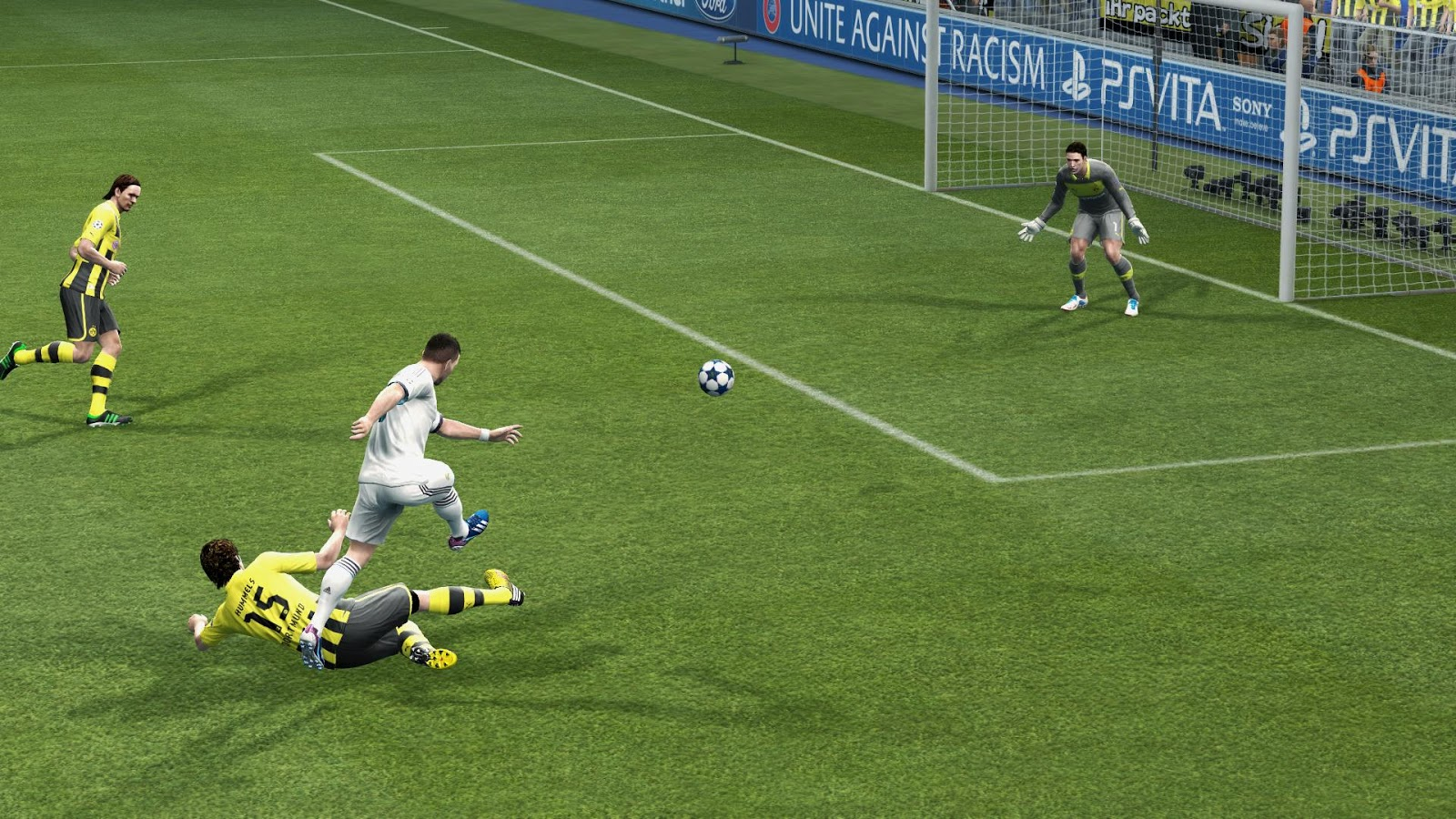 Download PESEDIT.com PES 2013 Patch 3.6 Terbaru