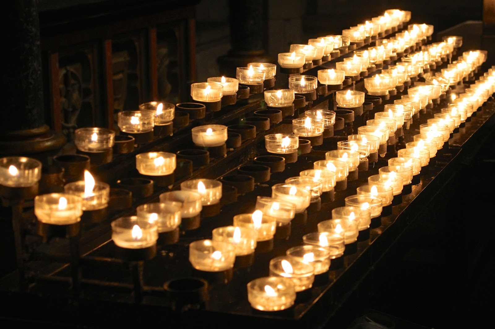 cologne cathedral candles