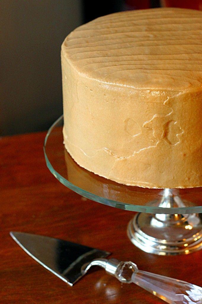 Classic Southern Caramel Cake | FoodGaZm..