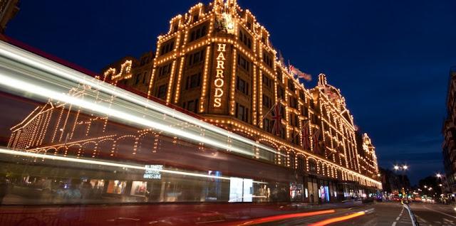 Harrods In Knightsbridge, Luxury shopping in London, Brompton Road