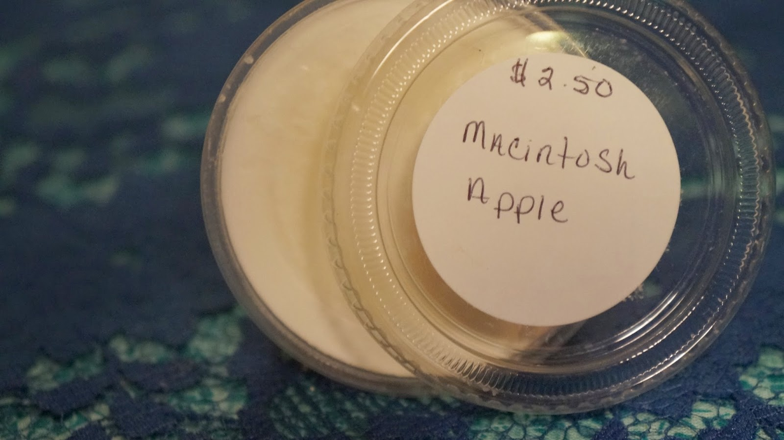 Macintosh Apple wax tarts