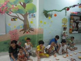 Thăm mái ấm chùa Kỳ Quang, Gò Vấp 26/4/2012