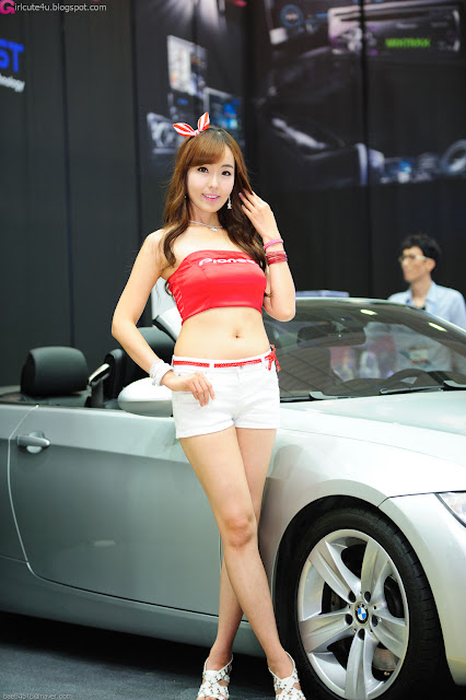7 Heo Jung Hyun - Seoul Auto Salon 2012-Very cute asian girl - girlcute4u.blogspot.com
