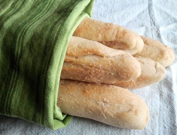 Readable Eatables Olive Garden Breadsticks
