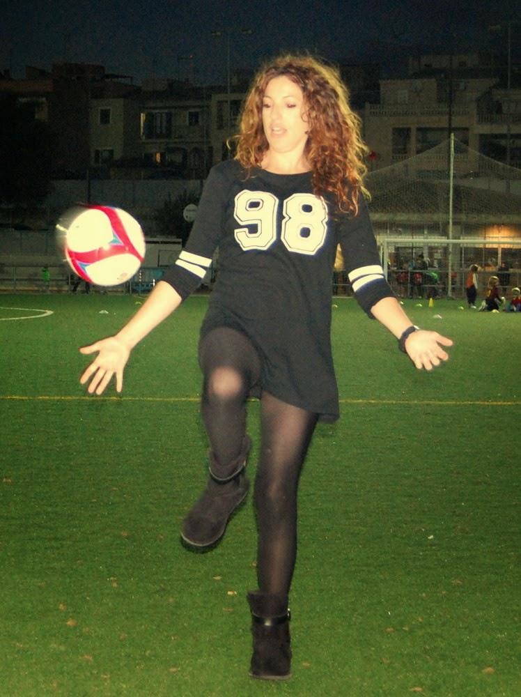 look negro deportivo