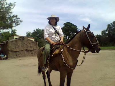 http://3.bp.blogspot.com/-TgdP7FKwkUY/Tiiaxbe_I8I/AAAAAAAAAv0/LavbSMkFFVU/s1600/12-18-09_111043.jpg