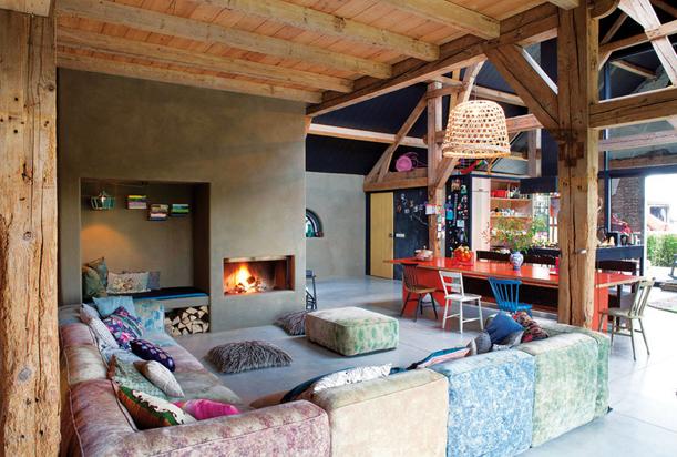 Color y estilo en una granja del s xix tr s studio for Casa holandesa moderna