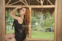 Tika Model Majalah Popular World, April 2013 (Part 1)
