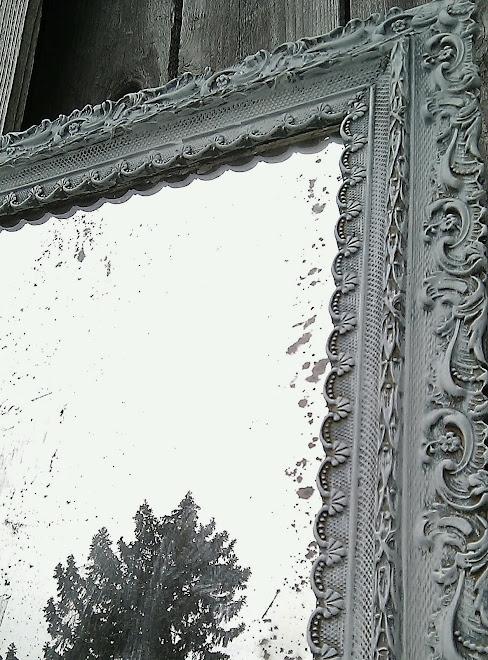 villabarnes: Bleached Mirror