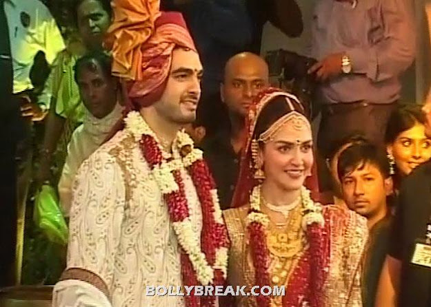 God bless this lovely couple. - (5) -  Esha Deol & Bharat Takhtani Wedding Pics