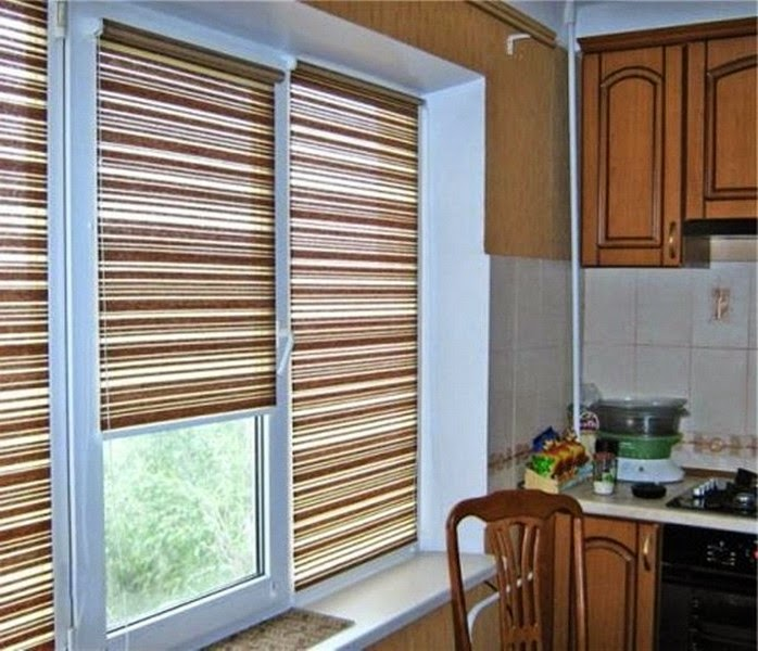 25 ideas for kitchen window curtains and blinds color for Fabric shades for kitchen windows