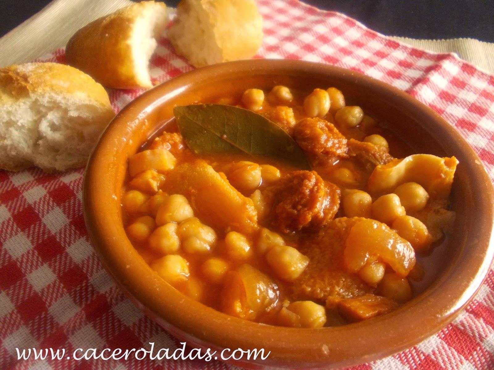 Cocido de garbanzos con chorizo cocinar en casa es for Cocinar garbanzos con chorizo