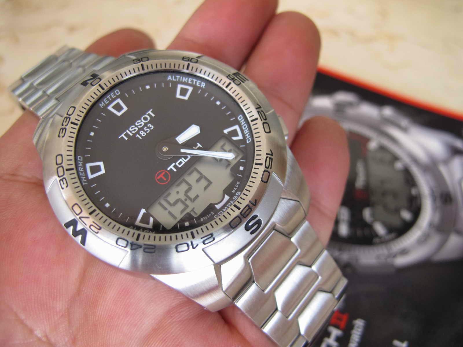 Cocok untuk Anda yang sedang mencari jam tangan teknologi tinggi dengan layar sentuh Touch Screen Nice and good TISSOT T Touch II