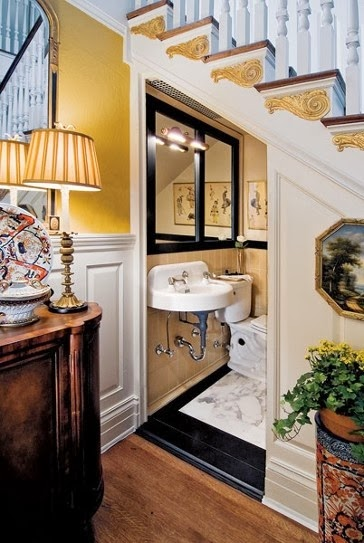 Baño Debajo Escalera Diseno:Diseño de baño clásico empotrado bajo la escalera Un baño