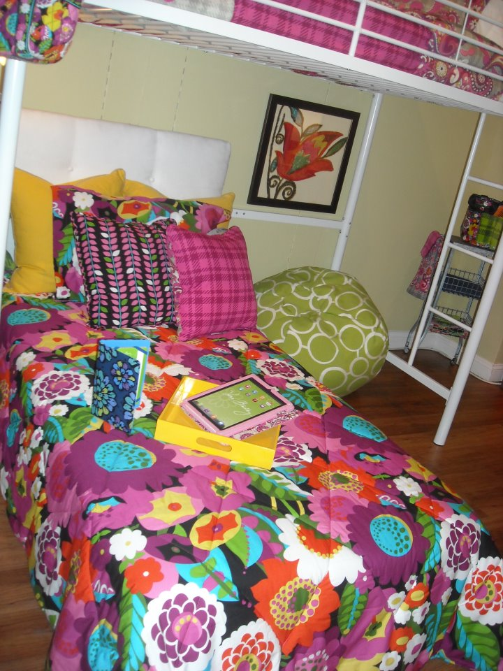 All things vera bradley vera bradley dorm room preview for fall 2012