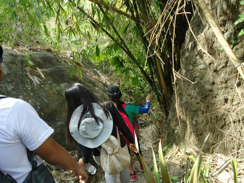 Adventures of Manong Unyol: Mt. Manalmon unexpected hike