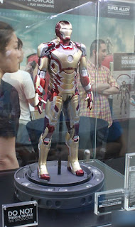 Play Imaginative Super Alloy 1/4 Scale Figure - Iron Man 3 - Mark 42 Armor