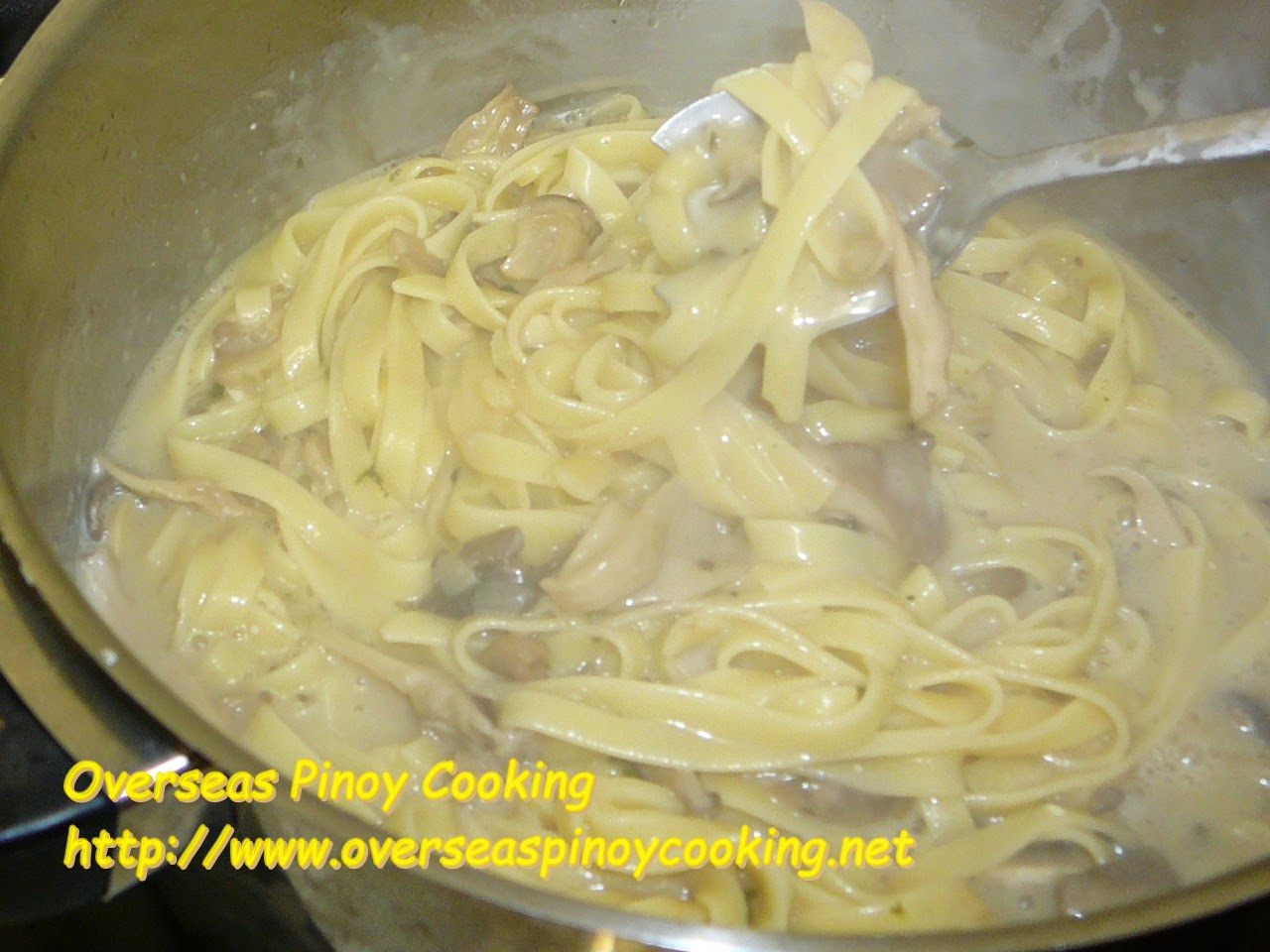 Fettuccine with Mushroom and Mushroom Sauce - Cooking Procedure