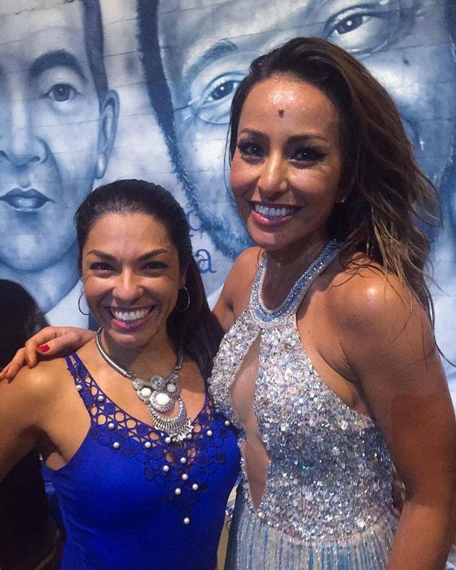 Carla Carra tira foto ao lado de Sabrina Sato, a Rainha de Bateria da Vila Isabel. Foto: Arquivo pessoal