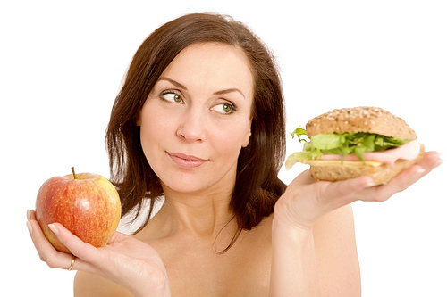 8 Fast food options for healthy skin