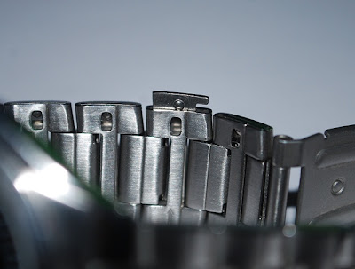 bagaimana cara memotong tali jam tangan