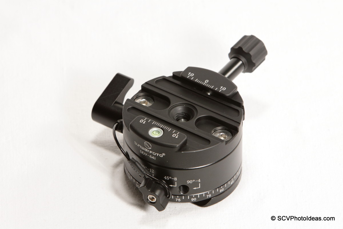 Sunwayfoto DDY-64iL Discal QR clamp on DDP-64SX Indexing rotator