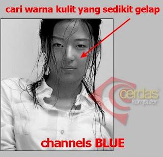 kemudian klik CHANNEL Red, pilih channel Merah agar background
