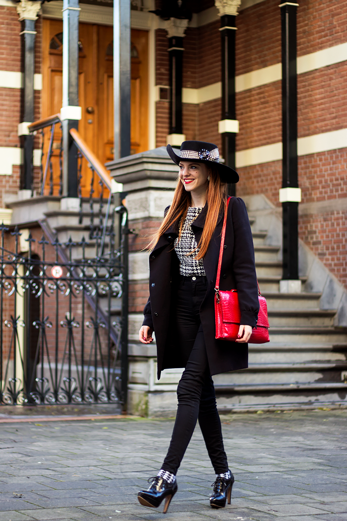 Black and white fashion blogger outfit with houndstooth / pied de poule Eudia hat, crop top and socks