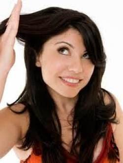 Hidratação caseira para cabelos opacos e ressecados