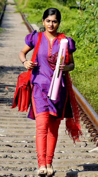 malayalam movie actress meera nandan stills7