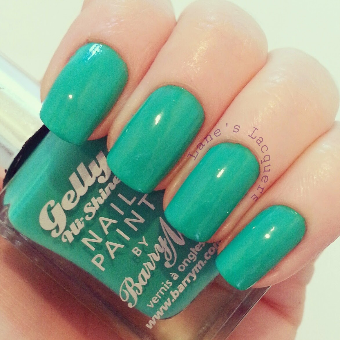 barry-m-summer-gelly-kiwi-swatch-nails