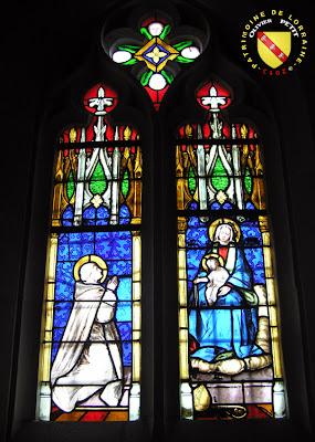 Bulligny - Église de la Nativité-de-la-Vierge - Vitrail : Vierge à l'Enfant et Saint-Bernard