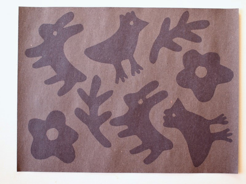 how to make DIY sun prints without the special paper (from construction paper)