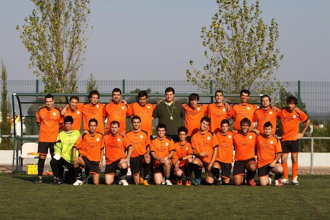 EQUIPA DE FUTEBOL - LOBOS DO CARVALHAL    2011/12