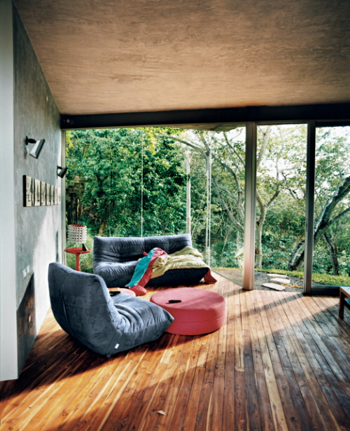House design modern architecture in the jungle of el salvador for Jungle living room ideas