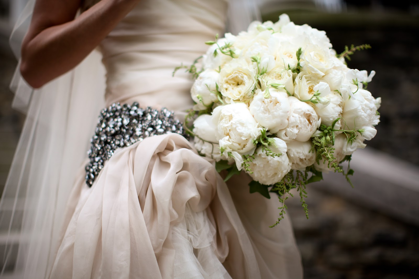 Peony & Garden Rose Bride's Bouquet - Cream David Austin Patience Garden Roses, white peonies, white astilbe, white ranunculus, white sweat peas, Garden Rose Bouquet, David Austin Rose Bouquet, Rose Bridal Bouquet, Rose Bouquet, Wedding Bouquet, Splendid Stems Wedding Flowers