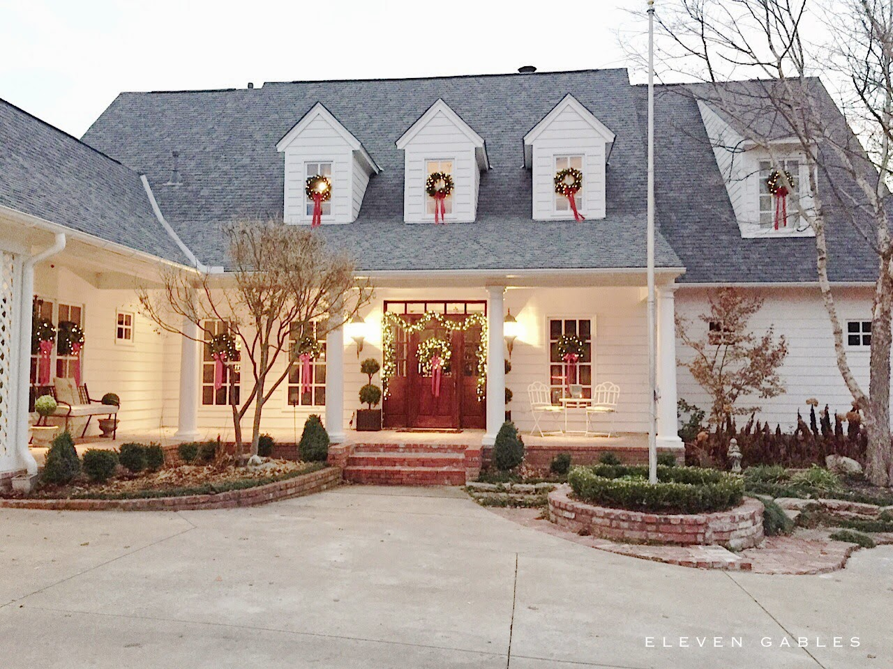 Eleven Gables: Merry Christmas, Darling! Holiday Home Tour 2014
