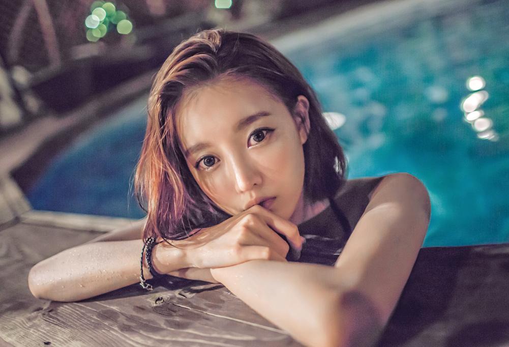 Ji Na - Sexy Beauty