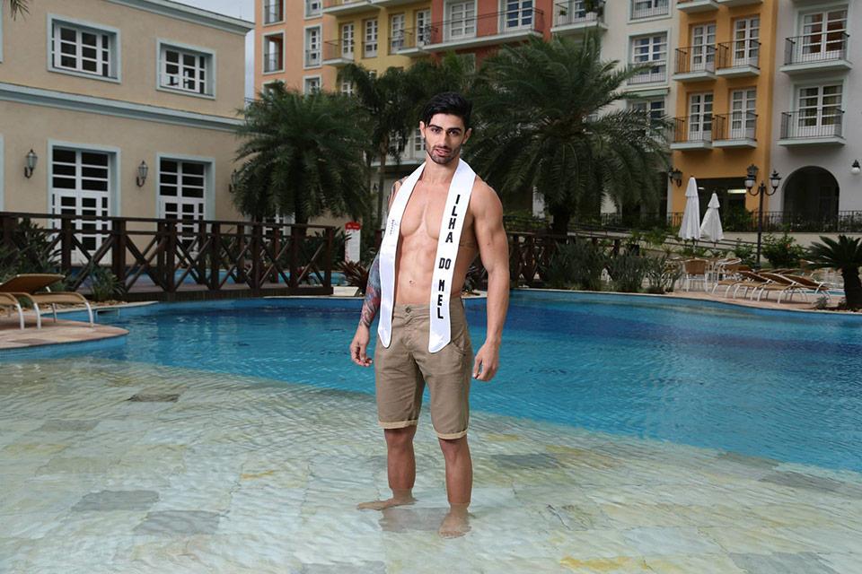 Mister Ilha do Mel - Thiago Durães, 23 anos, 1,88 m  - Foto: Leonardo Rodrigues