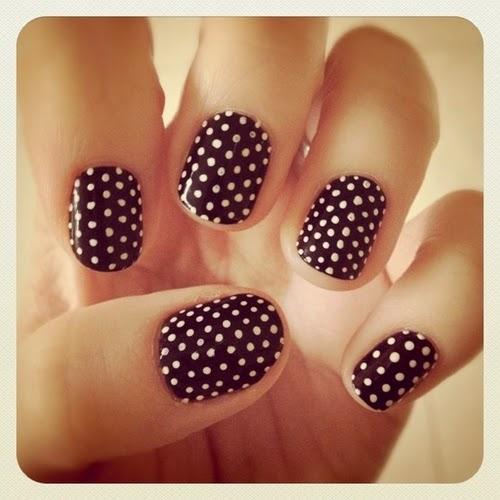 Nails Polka dots