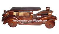 http://kerajinankayu-jati.blogspot.com/2013/03/miniatur-mobil-kayu-jati.html