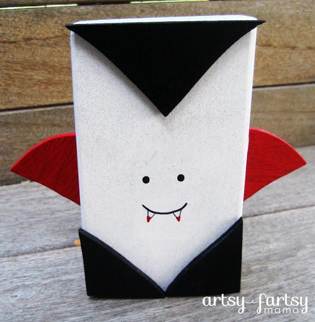 Halloween Vampire Block at artsyfartsymama.com #Halloween