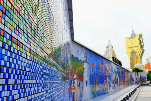 01-Macau-Mural-Perspective-85794-Cubes-2013-Guinness-World-Record-www-designstack-co