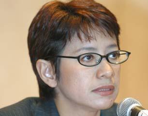Kader Golkar Nurul Arifin dukung Ratu Atut