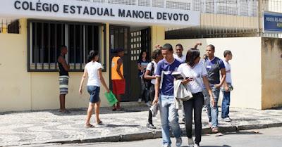 Alunos do Colégio Manuel Devoto produzem redações para  o concurso Jovem Senador